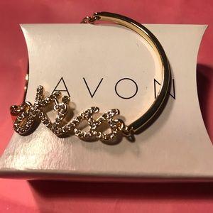 Avon - Pave KISS bracelet